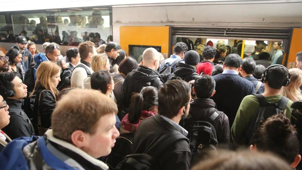 Sydney Trains fail in wet weather